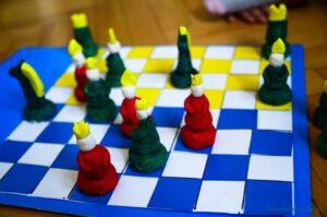 Jak samodzielnie zrobić szachownicę?